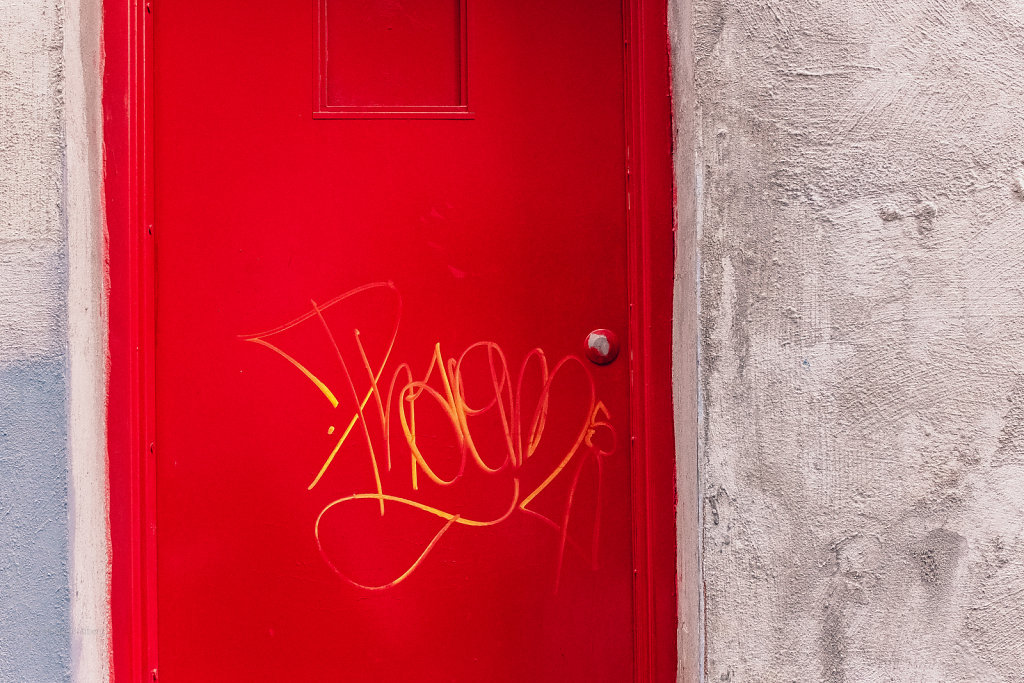 very well red door