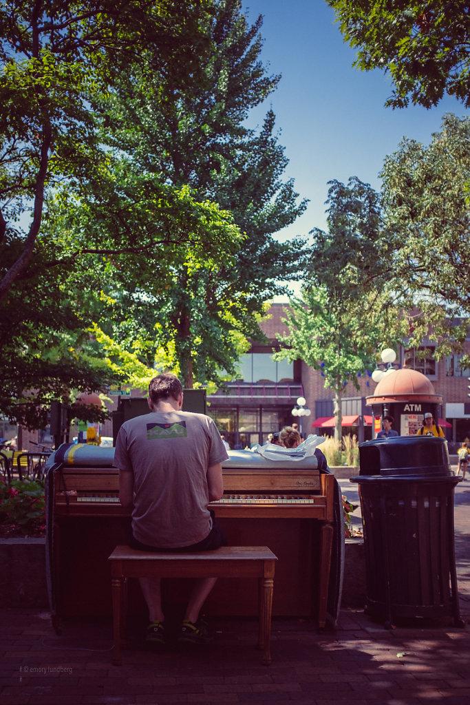 pedmall pianist